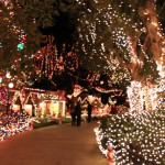 SoCal Holiday Lights Bring Sparkle To The Season!