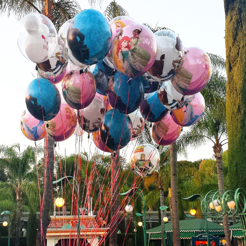 Balloons at Downtown Disney ~ www.socalwithkids.com