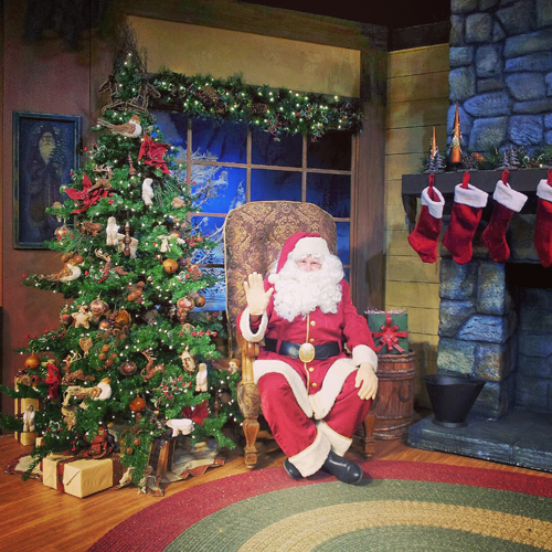 Knott's Berry Farm Santa