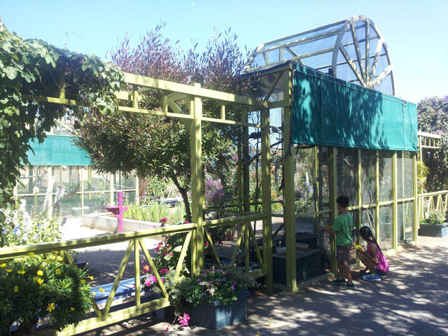 Bird Cage at the Flower Fields ~ www.socalwithkids.com